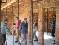 La nuova casa costruita dai volontari